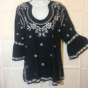 Tops - Escapada Embroidered Blouse Large
